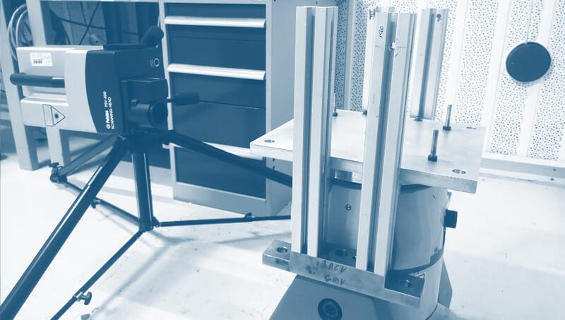 caractérisation matériaux coefficient de Poisson